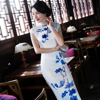 Cap sleeve tea length cheongsam Chinese dress with floral printed