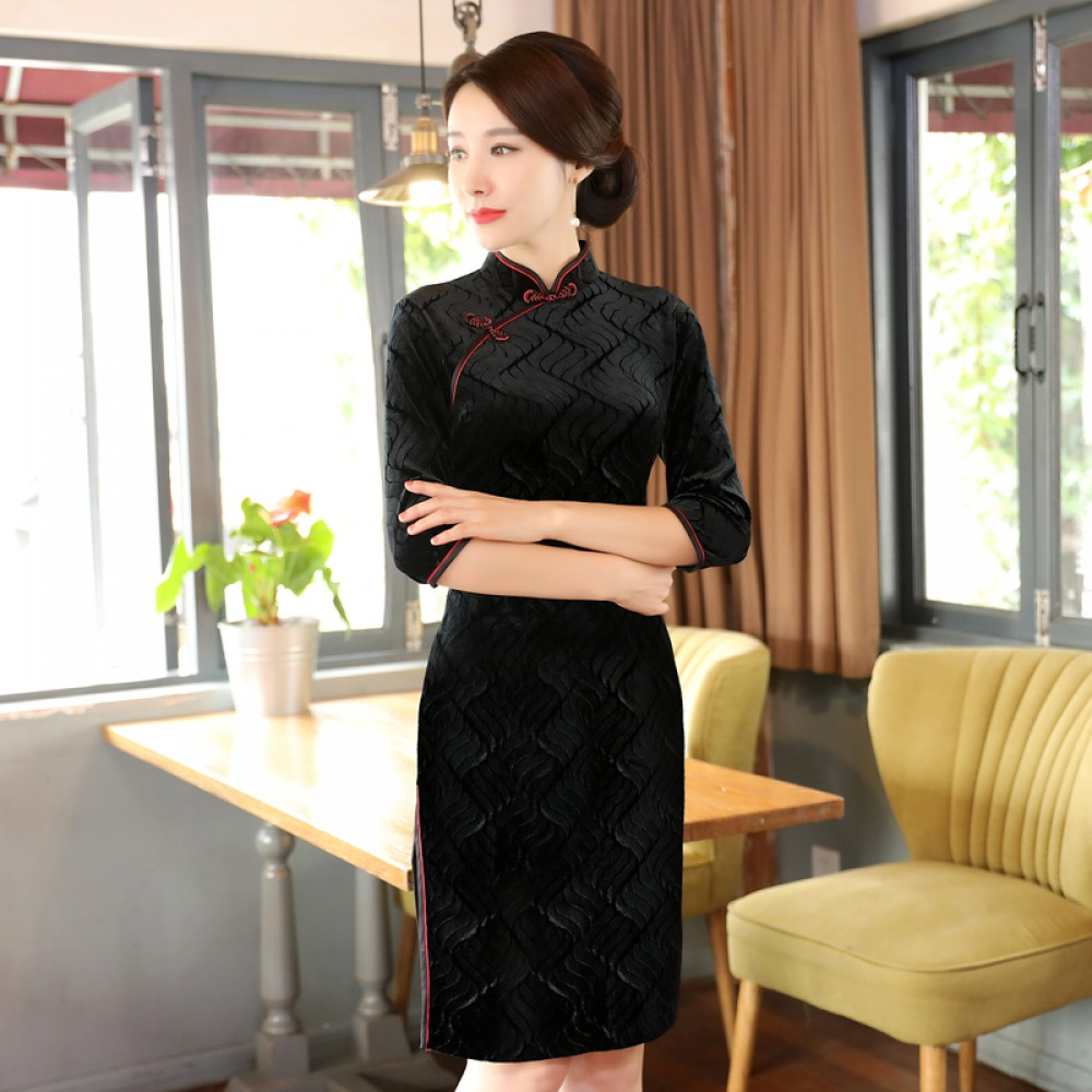 Black half sleeve knee length cheongsam Chinese dress
