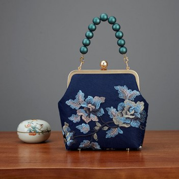 Chinese style silk bag embroidery cheongsam bag portable messenger bag middle-aged and elderly gold bag retro female bag wild